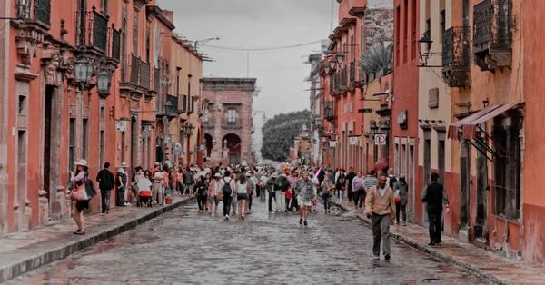 City street full of people